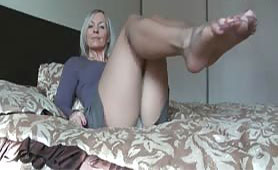 Sexy Old Lady Wants to Start Porn Career